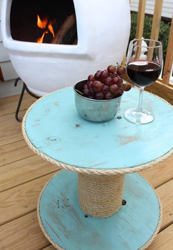 diy nautical spool side table simple stylings. Black Bedroom Furniture Sets. Home Design Ideas