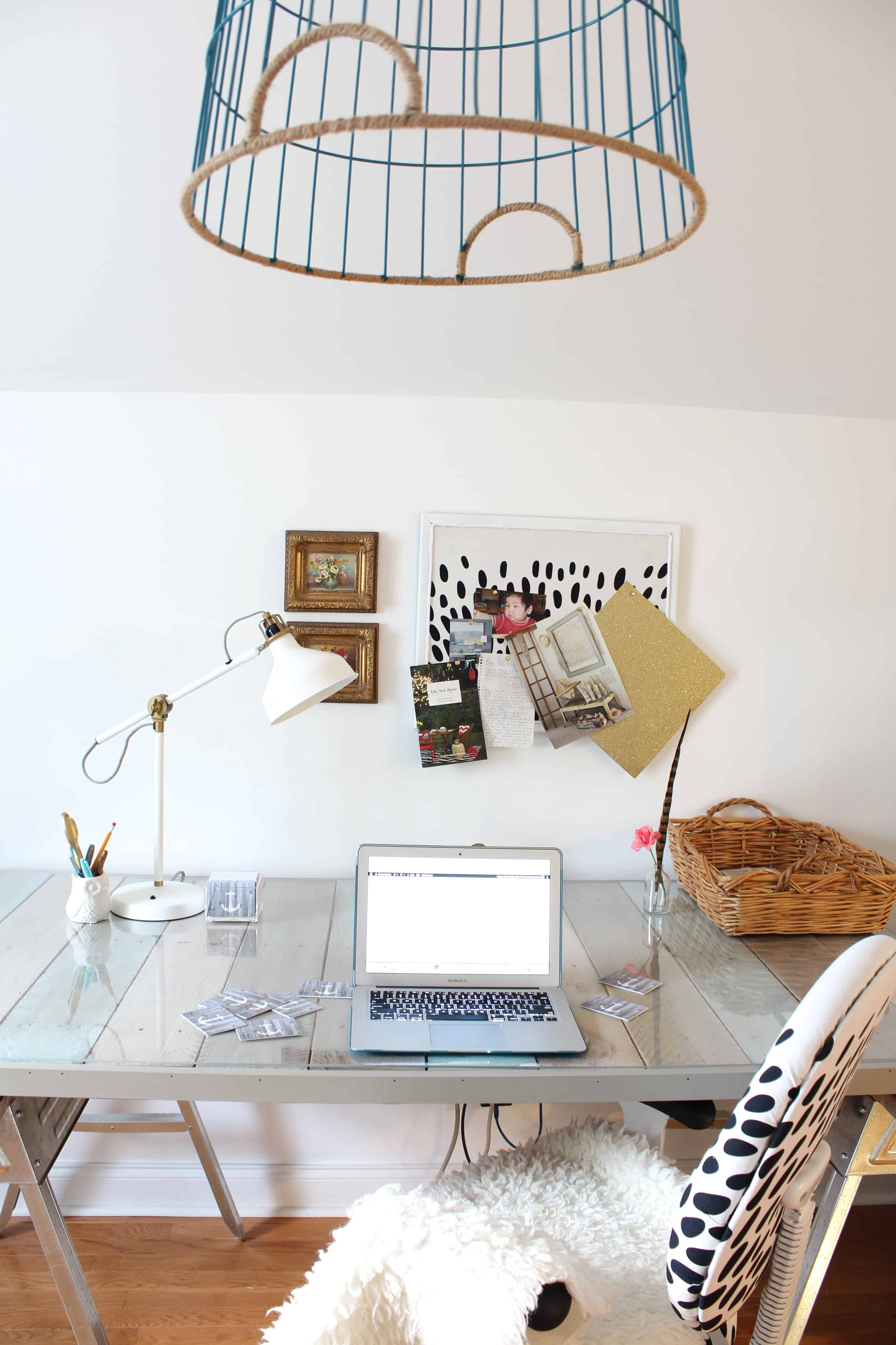 DIY Pallet Desk and Office Reveal