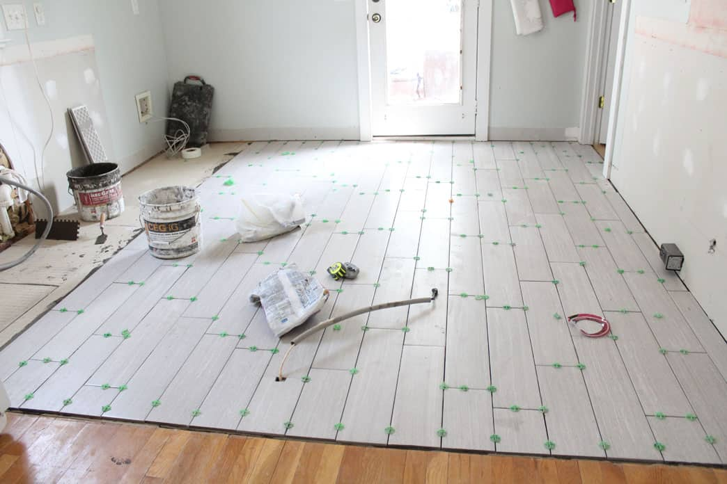 Floor Tile Workers : Floor tile work design ideas