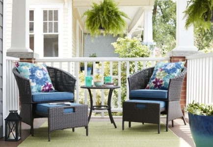 Apply for a Lowe's Spring Makeover!