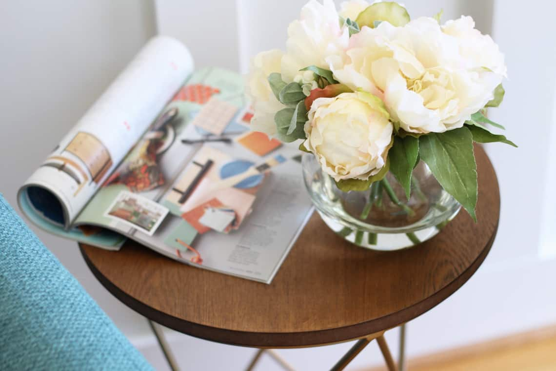 How To Use Stylish Faux Flowers At Home Artificial Water