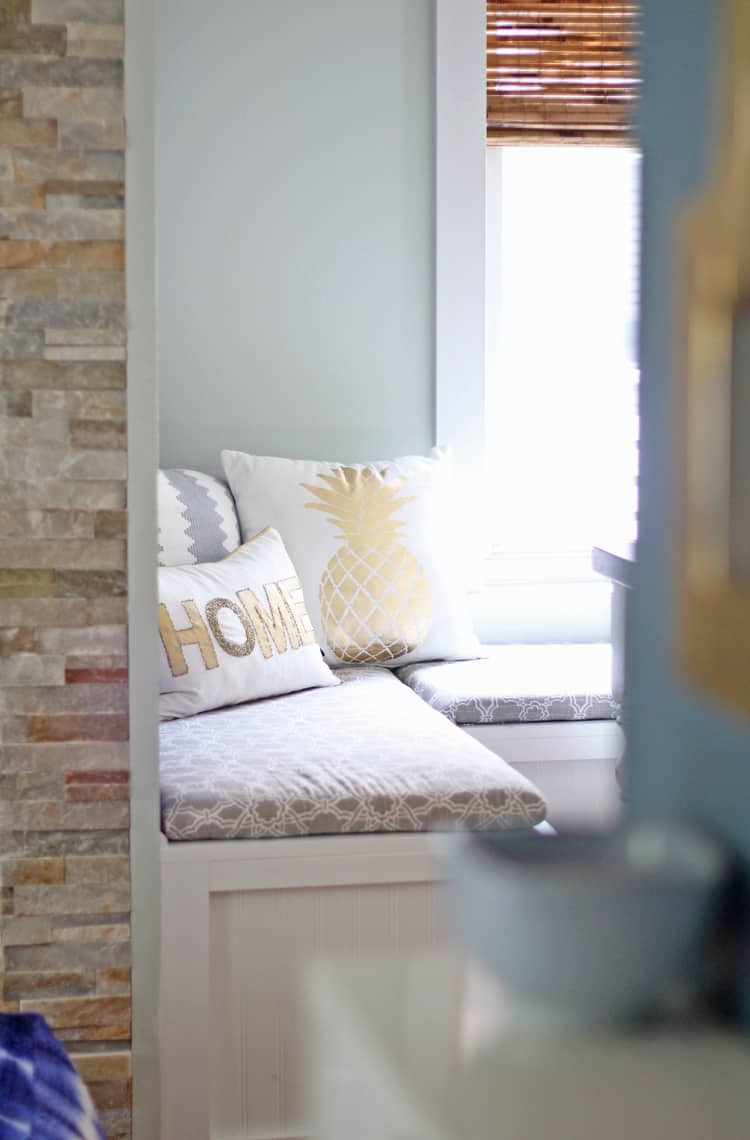 BSHT: Southern Summer Home Tour Banquette