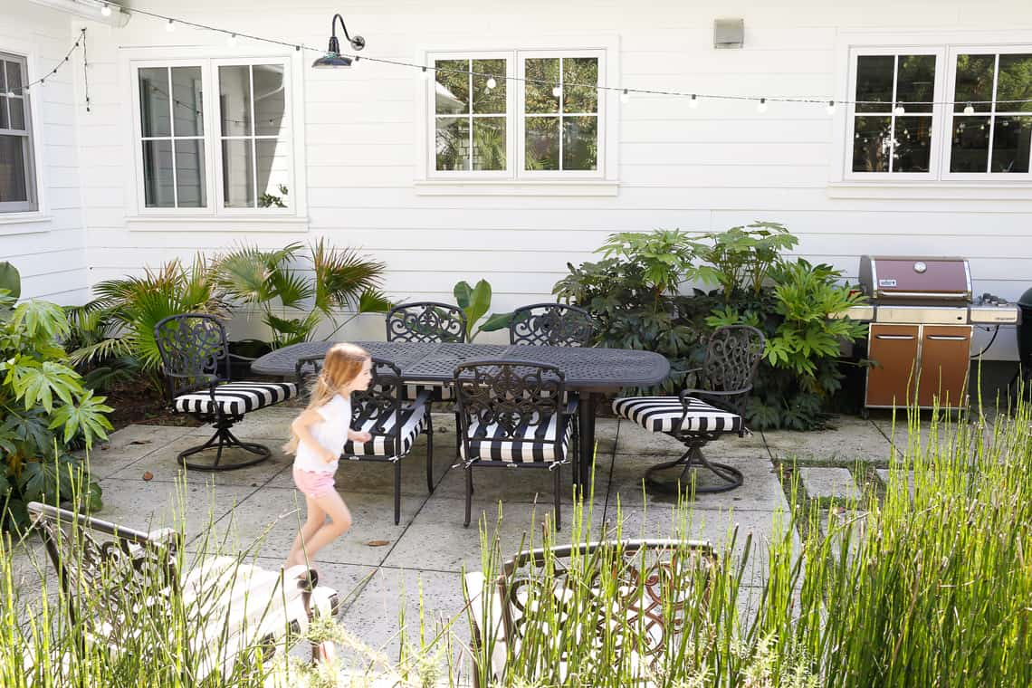 HOM: Charming Charleston Home of Look Linger Love Outdoor Spaces