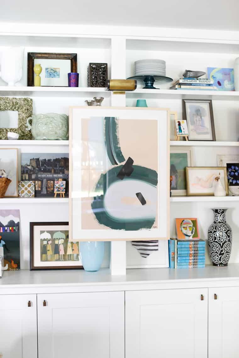 HOM: Charming Charleston Home of Look Linger Love Bookshelves