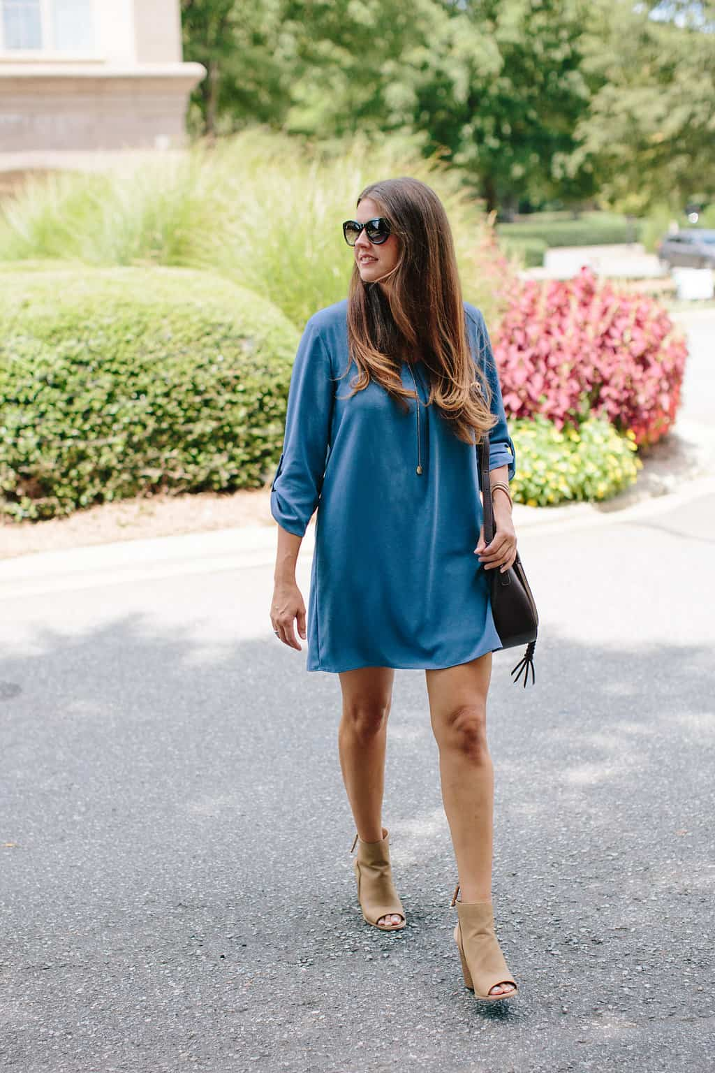 Simple-Shift-Dress-For-All-Occasions-long-hair