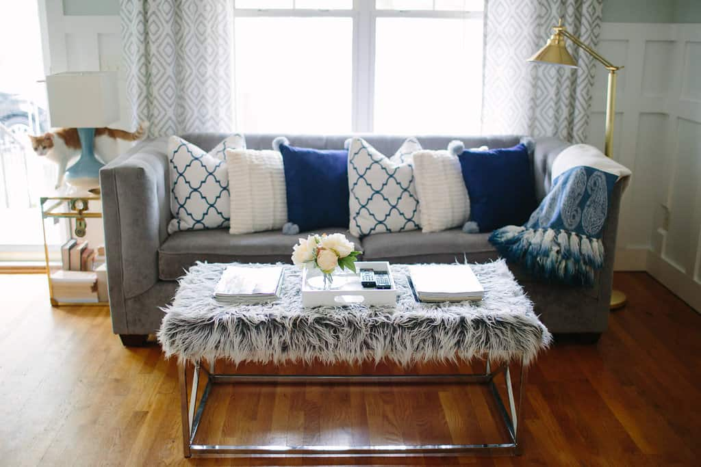 Blogger-Stylin-Home-Tour-2016-Fall-Edition-pillow
