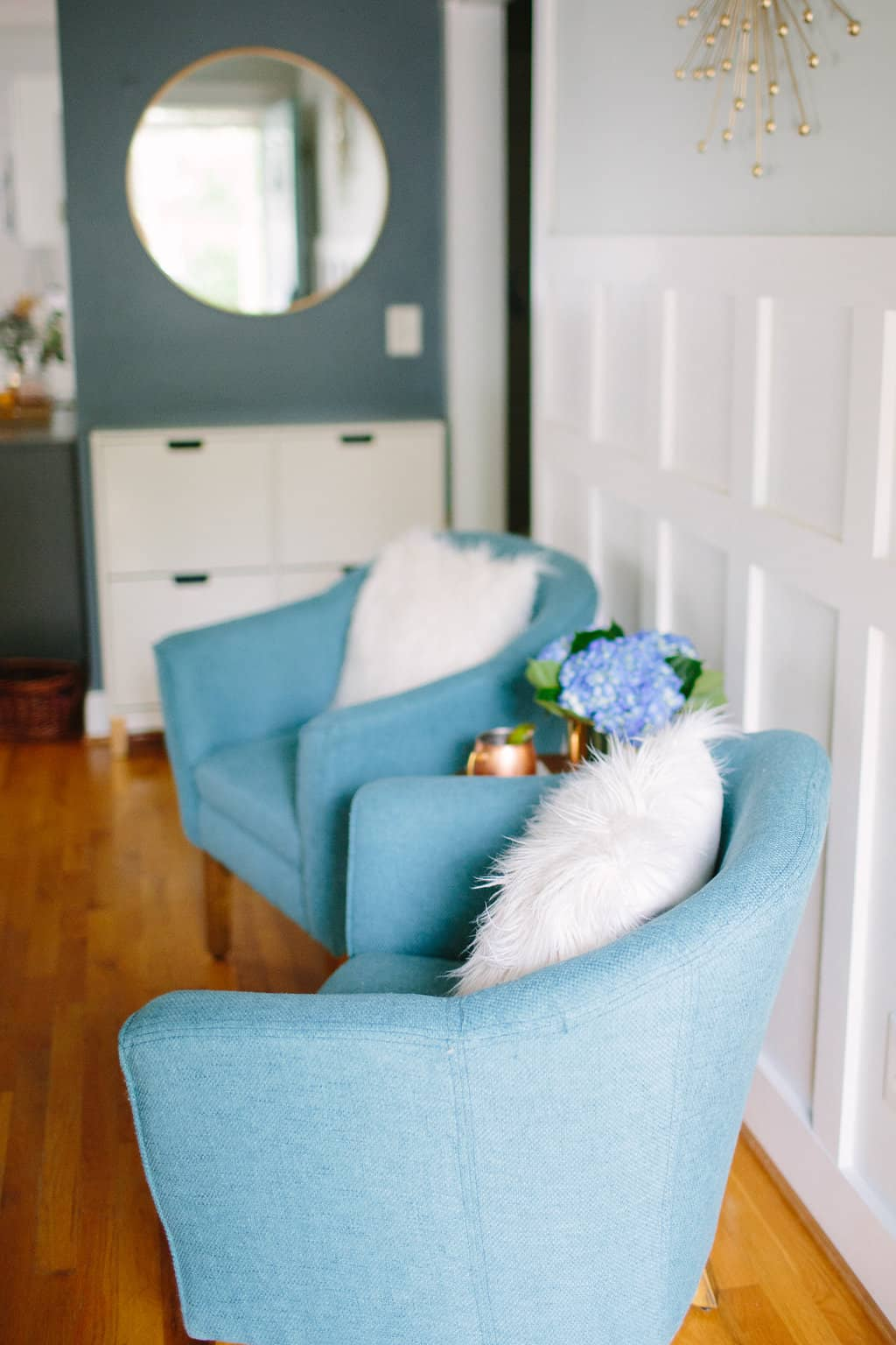 Blogger-Stylin-Home-Tour-2016-Fall-Edition-living-room