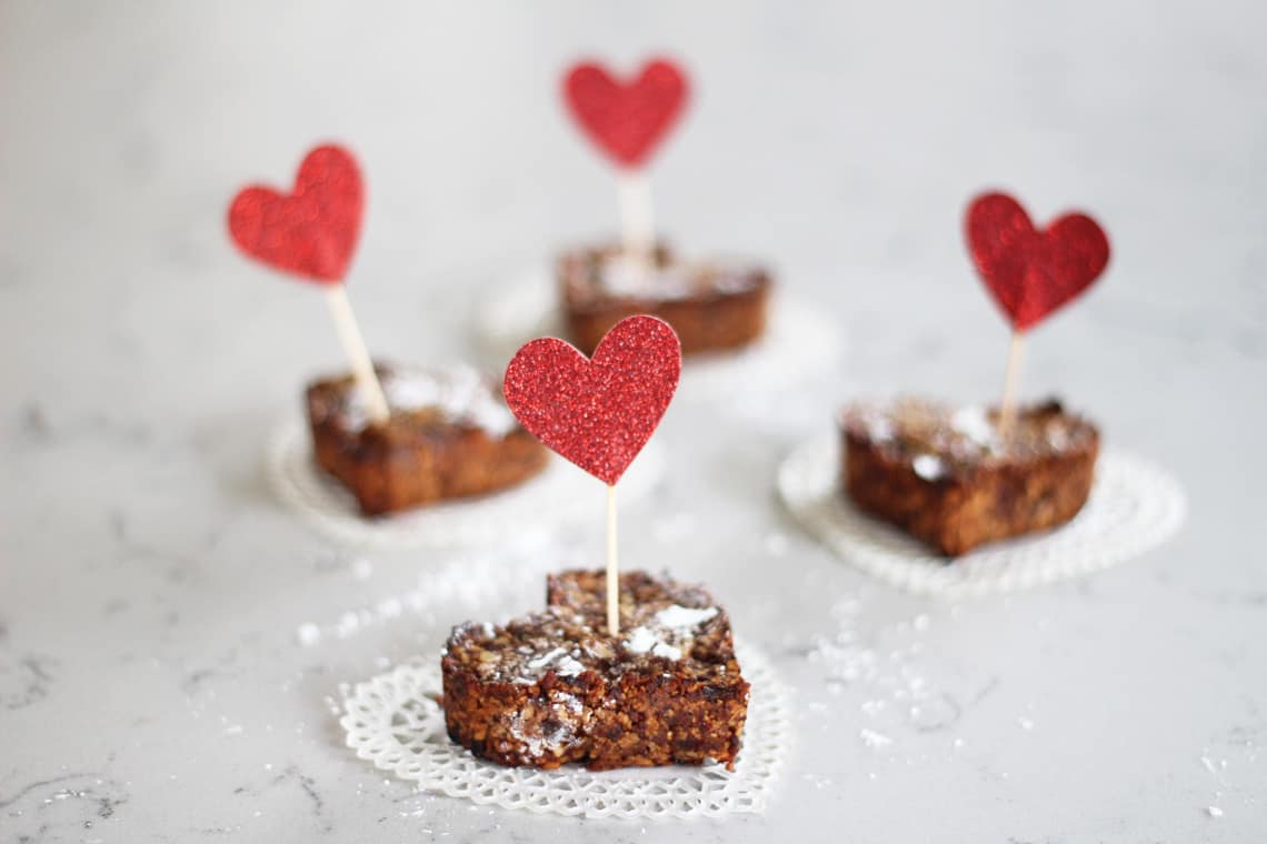 healthy valentines day treats nut date bars - Healthy Valentines Treats