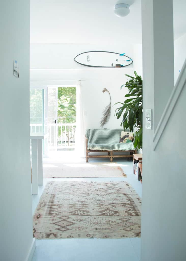 California style white walls and greenery