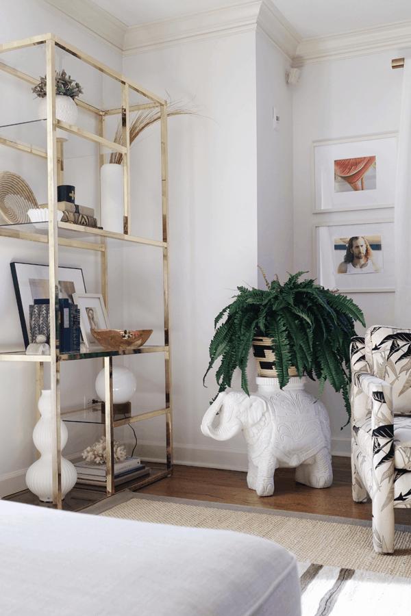 HOM: House of Hipsters Magazine-Worthy Boho Home shelves