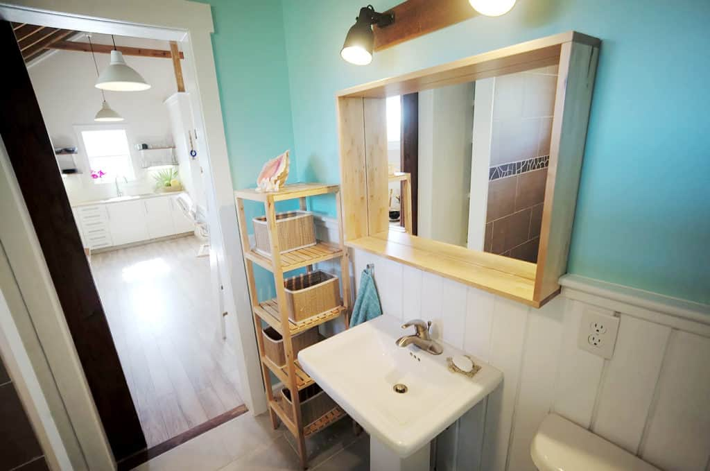 Home of the Month: Beautiful Bahamian Home (For Sale) bathroom 2