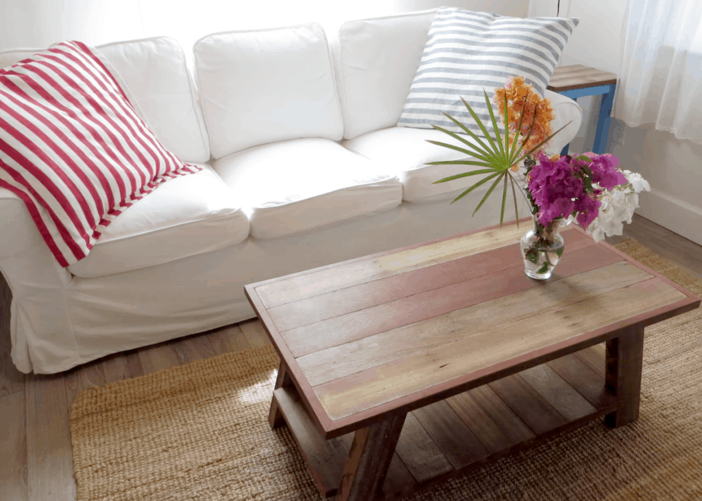 Home of the Month: Beautiful Bahamian Home (For Sale) sofa