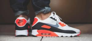 5 Reasons 1990's Fashion Styles Are Back! nike
