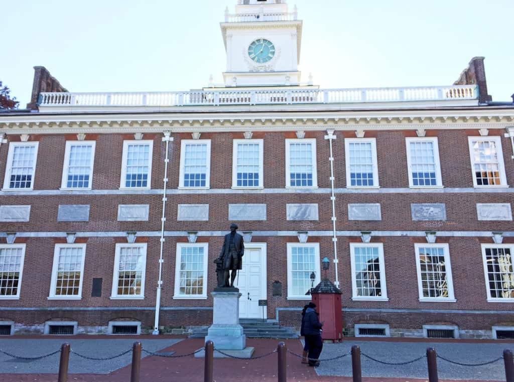 Roadtrip Reality: Fifth Grade Tour of Philadelphia, PA independence hall