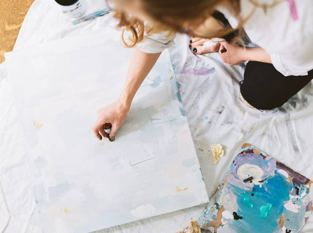 Local Spotlight: Kelly Hovis Designs + A Giveaway process
