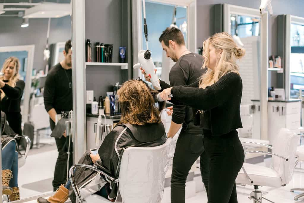 Local Spotlight: Hudson Salon + A Gift For You style