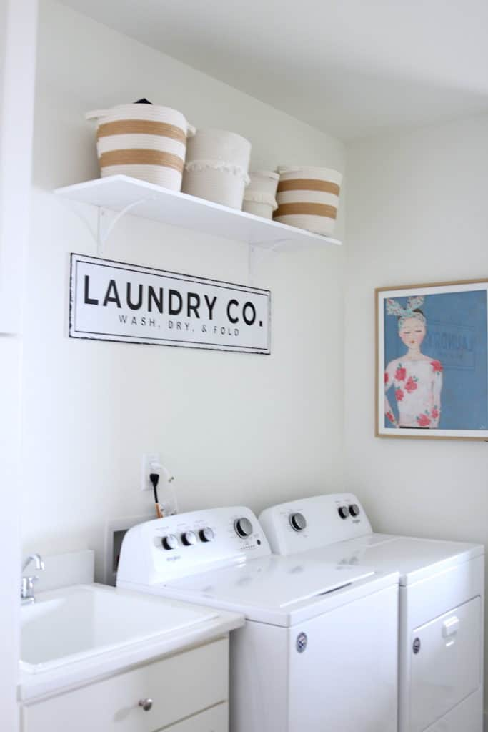 Home of the Month: A Laid Back Lake House laundry